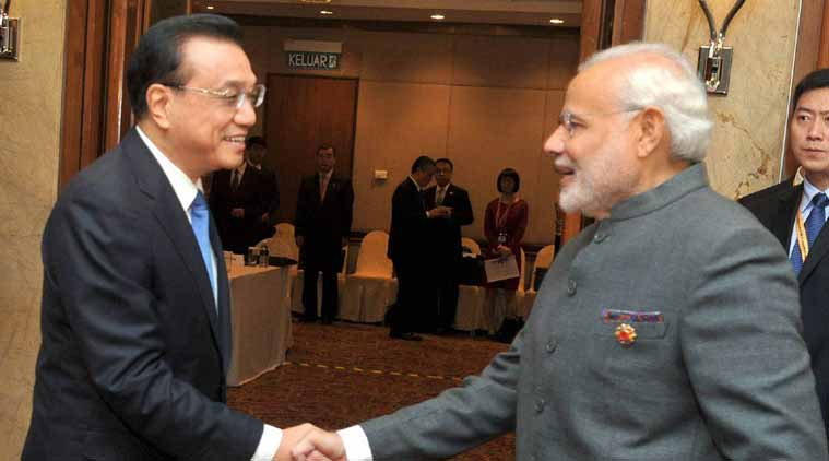 Narendra Modi discusses bilateral ties with Li Keqiang