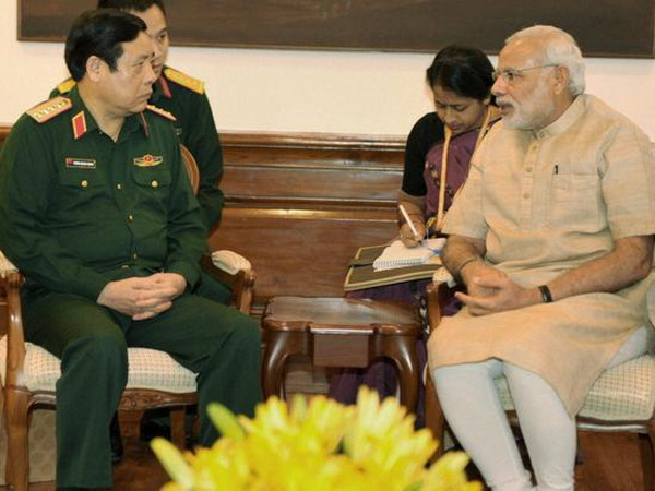 Minister of National Defence of Vietnam calls on Prime Minister Shri Narendra Modi