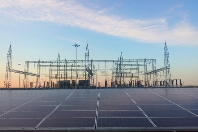 World's largest solar power plant opens in Kamuthi