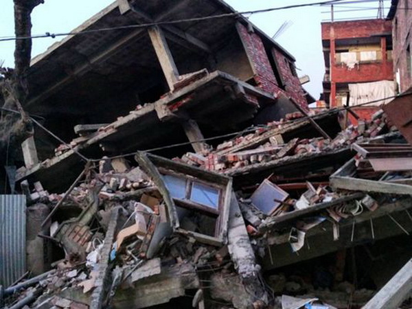 6.7 magnitude earthquake hits India-Myanmar border