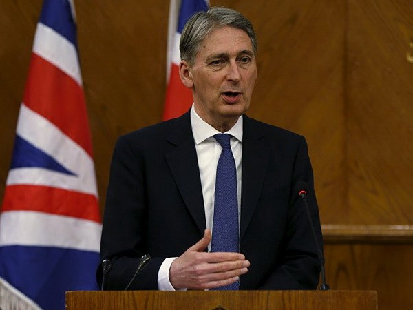 Pakistan, India should not allow non-state actors to derail peace process: British foreign secretary