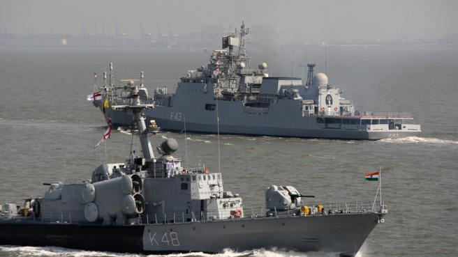 India sends Stealth Warships to East Sea