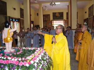 Vietnamese in India celebrate Buddha's birthday