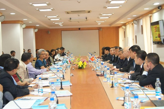 Vietnam, India make significant progress in textiles, garments